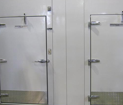 Walk in combos commercial cooler freezer combo for Walk in freezer motor
